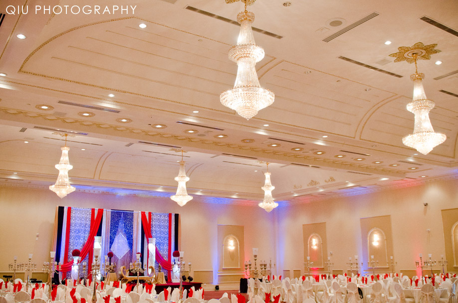 MississaugaWeddingPhotographer00052 Mississauga Wedding Photography | Red Rose Convention Centre | Rabiya & Farhan Reception