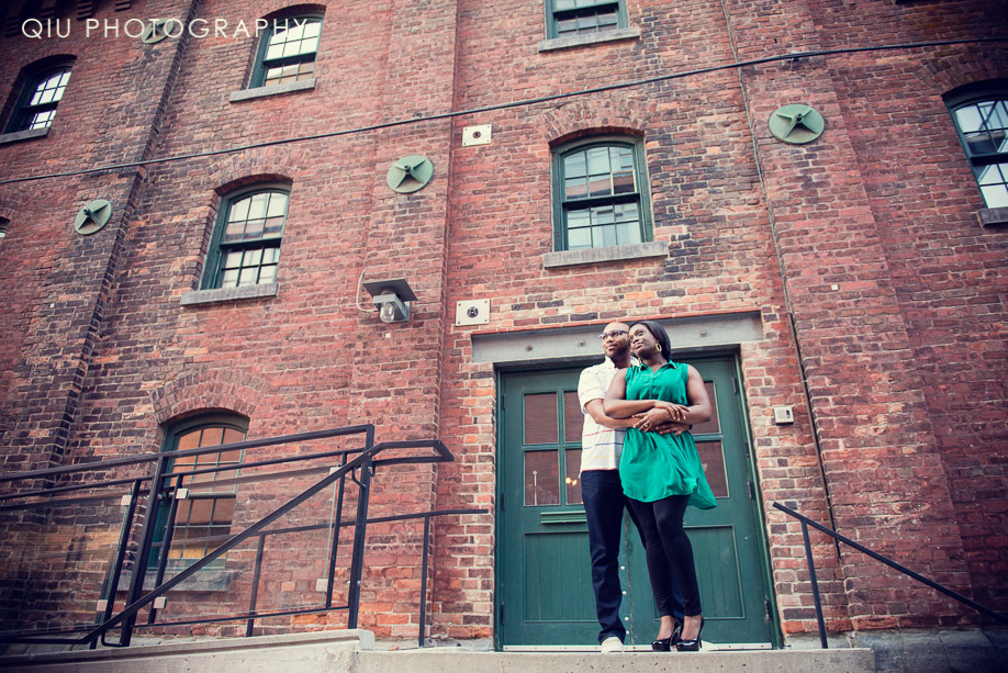 Toronto Wedding Photographer 00021 Toronto Wedding Photography | Distillery District Engagement | Yonge Dundas Square | Nigel & Connie