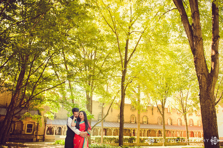 University of Toronto Engagement photography fa 02(pp w768 h512) Toronto Engagement Photography | University of Toronto | Farzana and Ashraf
