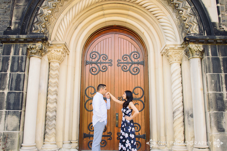 Toronto Wedding Photography University of Toronto Engagement RR 04(pp w768 h512) Toronto Engagement Photography | University of Toronto | Rupal & Rishin
